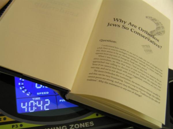 """¿notan la ironía en el título del capítulo? """"¿Por qué los judíos ortodoxos son conservantes?"""